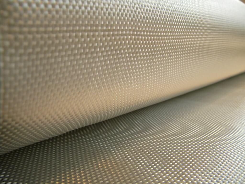 Telas UR335 - Materiales Compuestos - Chemia SA